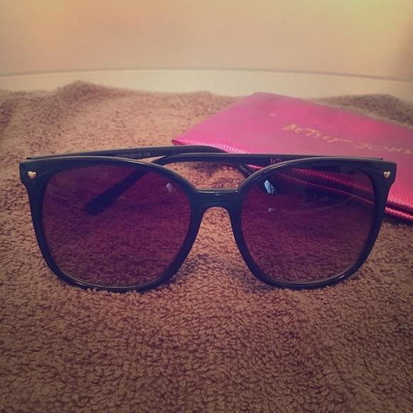 Betsey Johnson Accessories - Betsey Johnson blue sunglasses